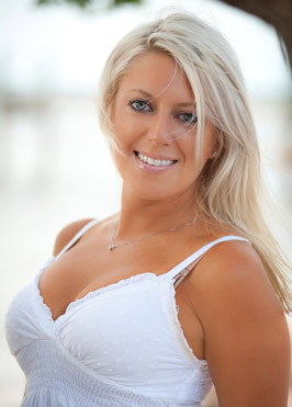 Joanna Sheen - Summer Sheen Spray Tanning owner